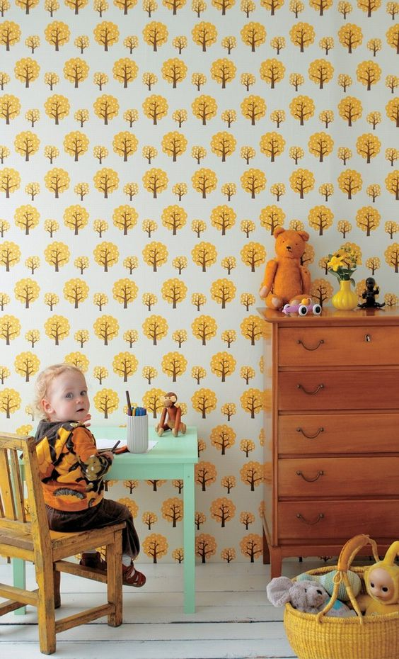 And finally a mustard yellow wallpaper.  So adorable for a kids room or bathroom.  And there's that mint accent color again.   Image via  Project Decor