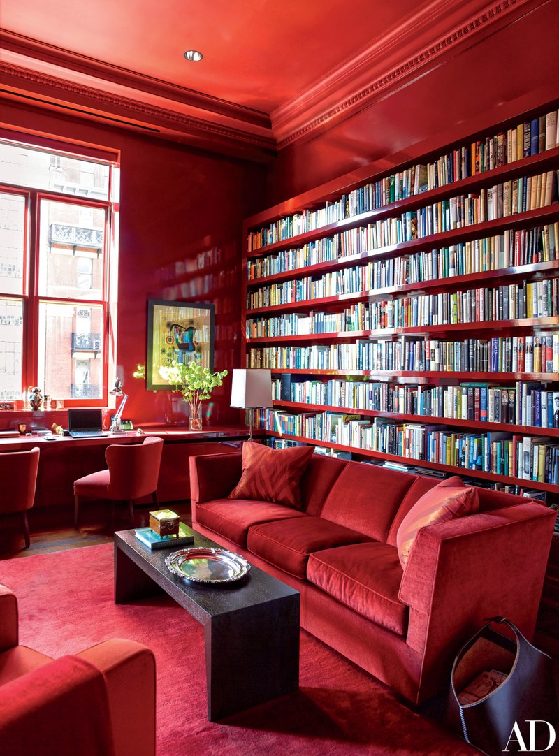 Another monochromatic red room, this time in Manhattan.  I'm also a sucker for a built-in bookcase.  Image via  Architectural Digest