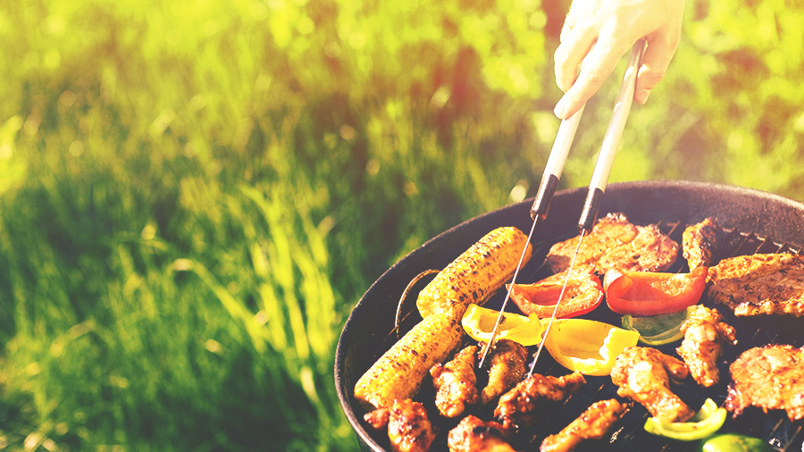 Photo credit: http://blog.udr.com/simple-essential-clean-grill/