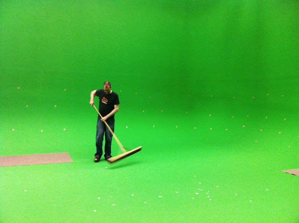Green screen cleaning by fsiddi on Flickr