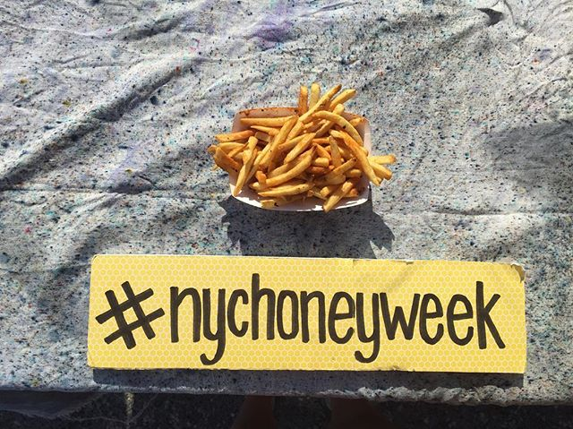 Wow! So much can change in one week. Last Saturday = hot honey, sunshine and fries! This Saturday = hot coffee and sweater weather. #fallishere #takemeback #🐝 #nychoneyweek