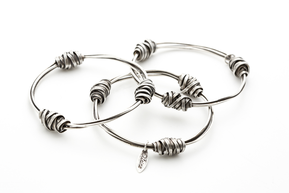 NC027BSX-Wire Nugget Bangles Silver.jpg