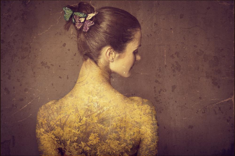 ©Meg Laubscher Photography, Inner Yellow