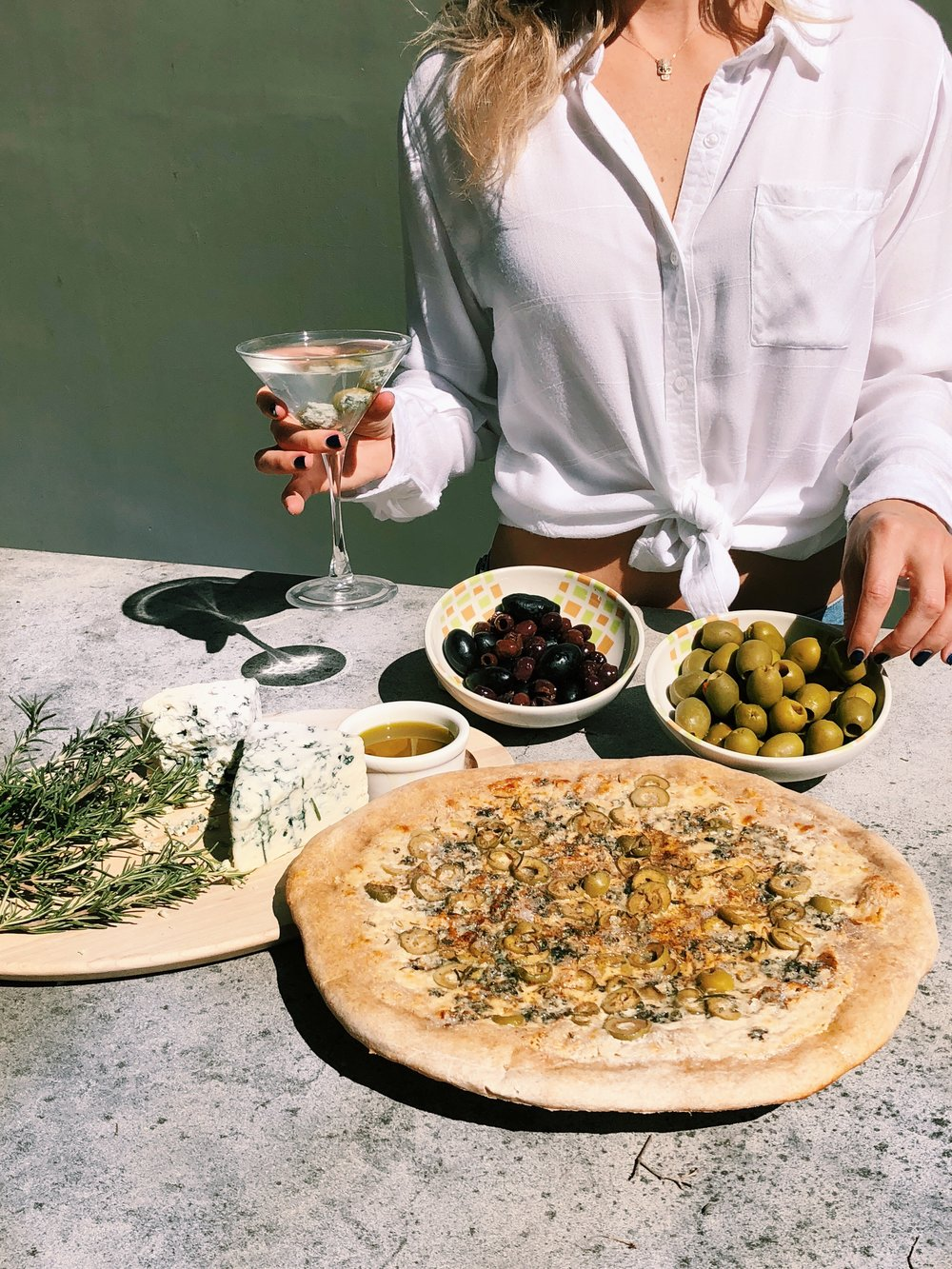 Olive Martini Pizza