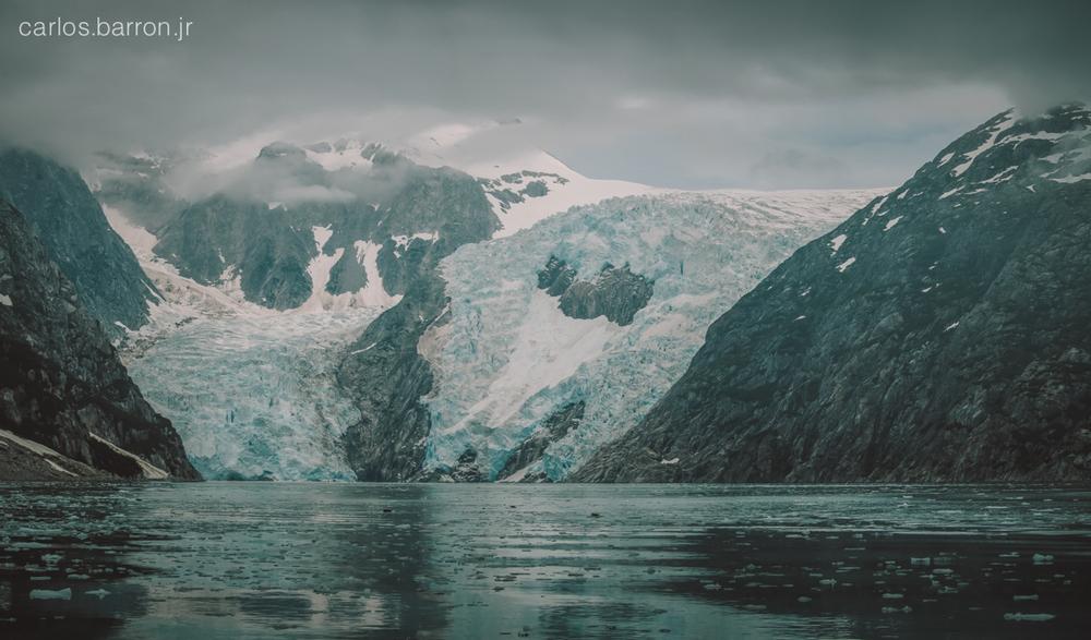 Northwestern Glacier | © Carlos Barron Jr