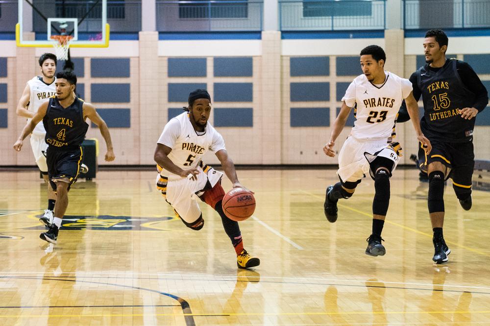 SUvsTLU-basketball-197.jpg