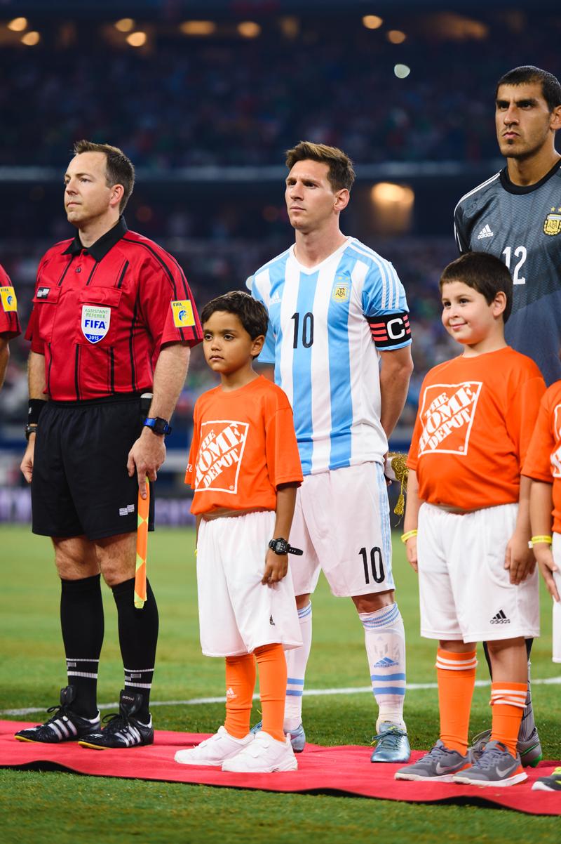 Mexico-vs-Argentina-CarlosBarron-7.jpg