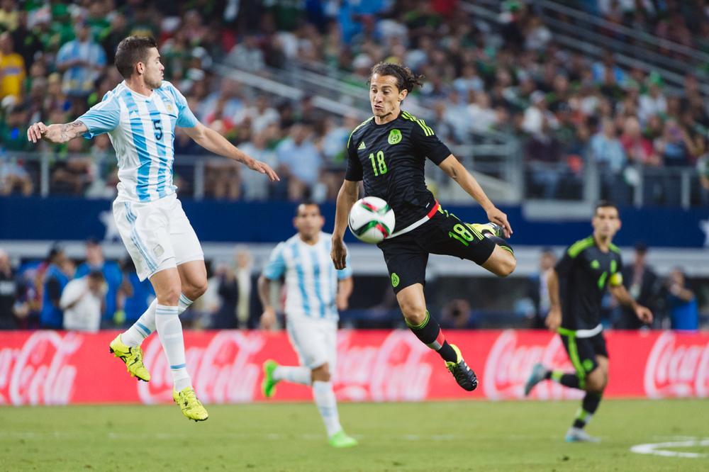 Mexico-vs-Argentina-CarlosBarron-16.jpg