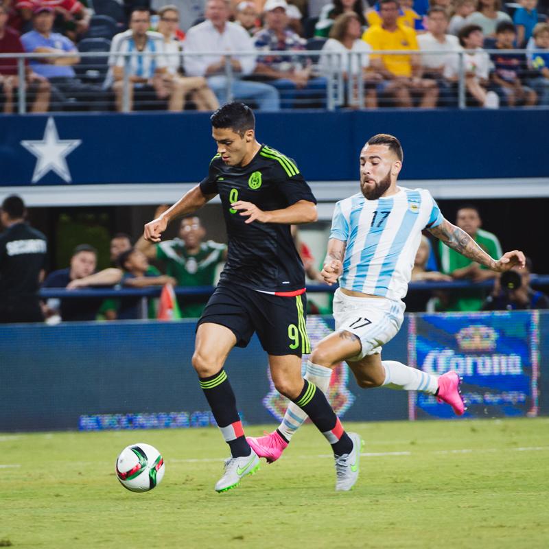 Mexico-vs-Argentina-CarlosBarron-21.jpg
