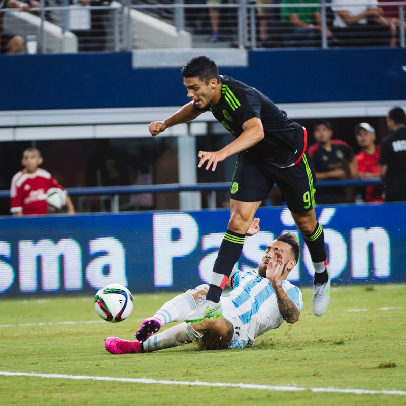 Mexico-vs-Argentina-CarlosBarron-22.jpg