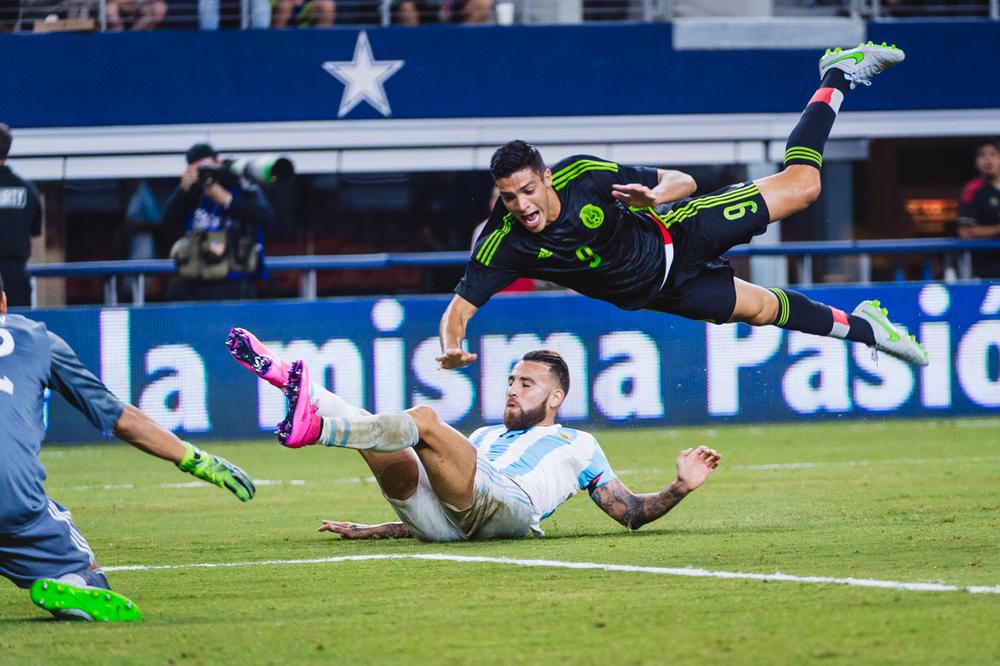 Mexico-vs-Argentina-CarlosBarron-23.jpg