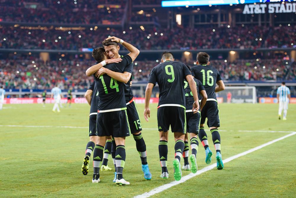 Mexico-vs-Argentina-CarlosBarron-33.jpg