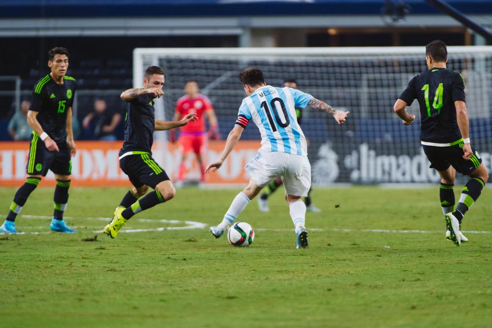 Mexico-vs-Argentina-CarlosBarron-42.jpg