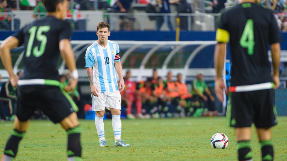 Mexico-vs-Argentina-CarlosBarron-54.jpg