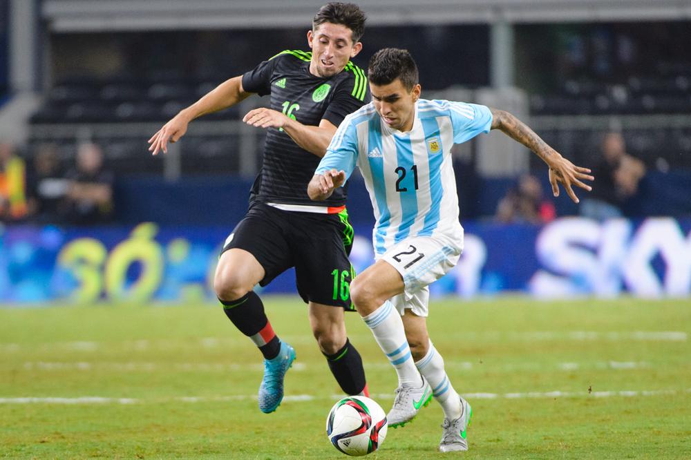 Mexico-vs-Argentina-CarlosBarron-56.jpg