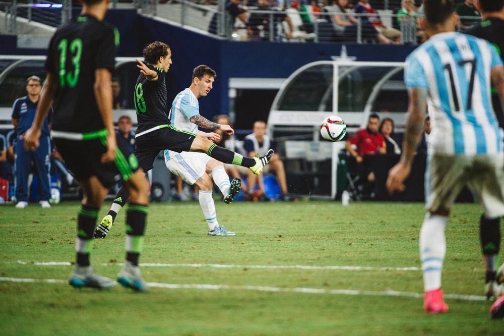 Mexico-vs-Argentina-CarlosBarron-58.jpg