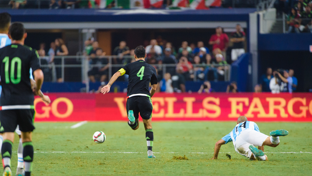 Mexico-vs-Argentina-CarlosBarron-60.jpg