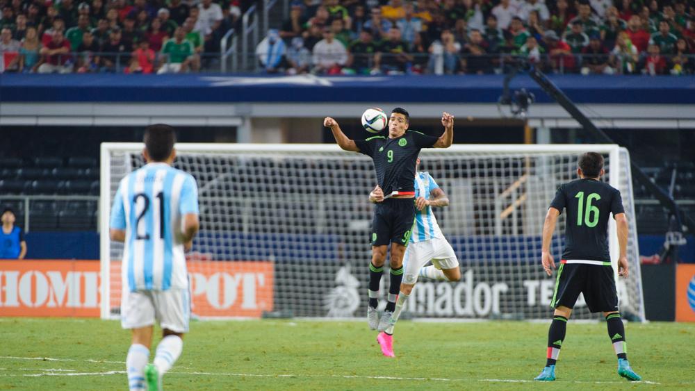 Mexico-vs-Argentina-CarlosBarron-61.jpg