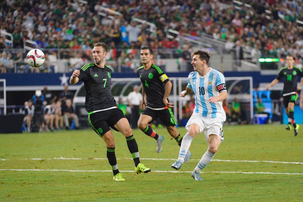 Mexico-vs-Argentina-CarlosBarron-63.jpg