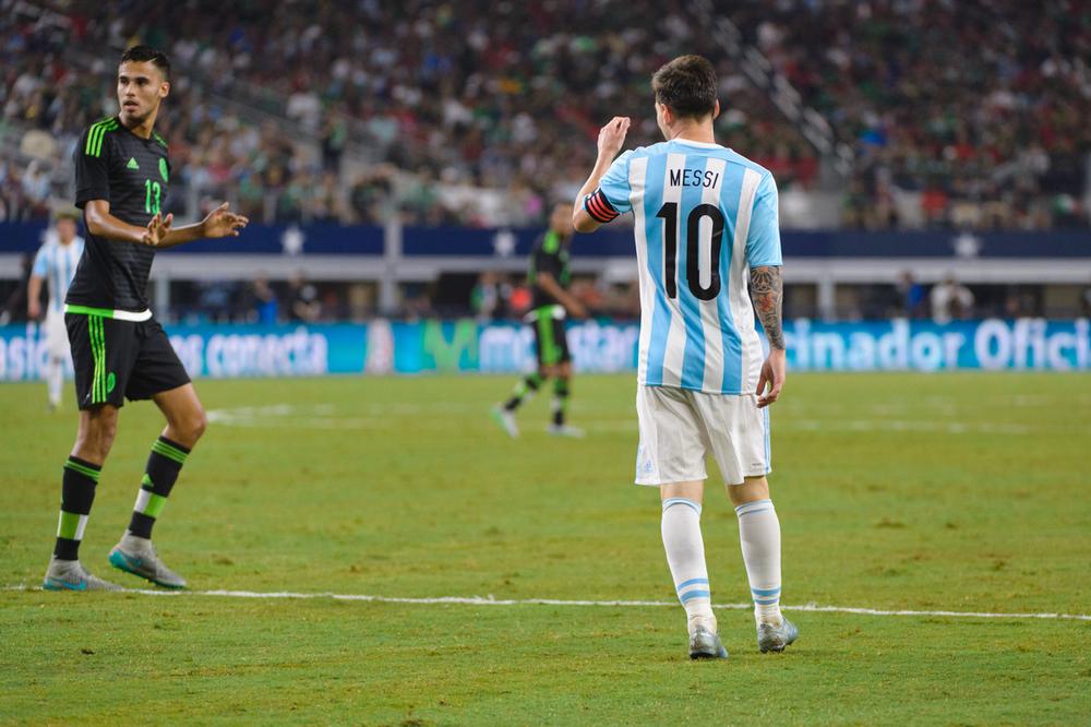 Mexico-vs-Argentina-CarlosBarron-65.jpg