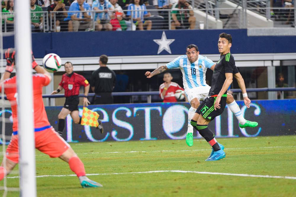Mexico-vs-Argentina-CarlosBarron-69.jpg