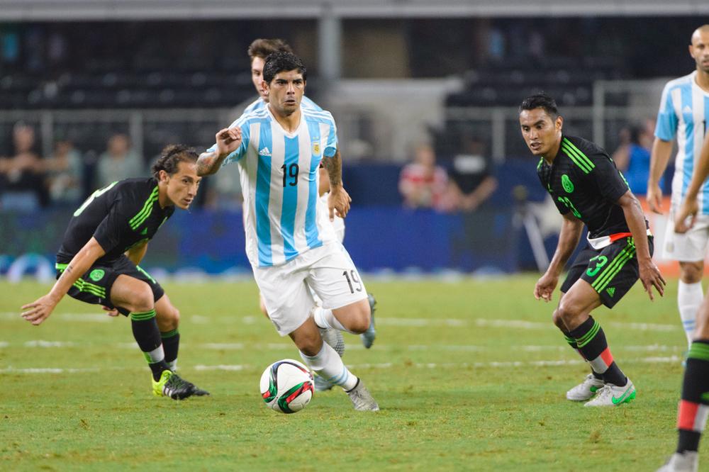 Mexico-vs-Argentina-CarlosBarron-70.jpg