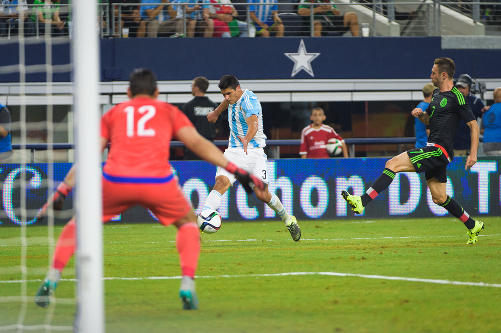 Mexico-vs-Argentina-CarlosBarron-72.jpg