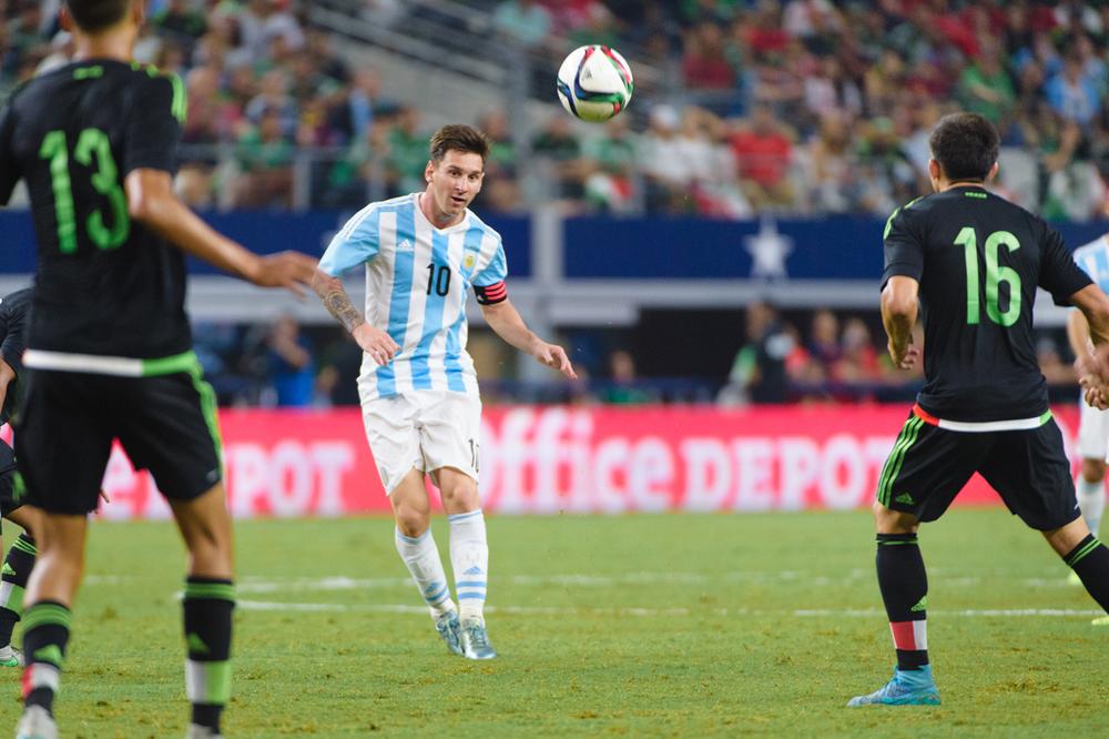 Mexico-vs-Argentina-CarlosBarron-79.jpg