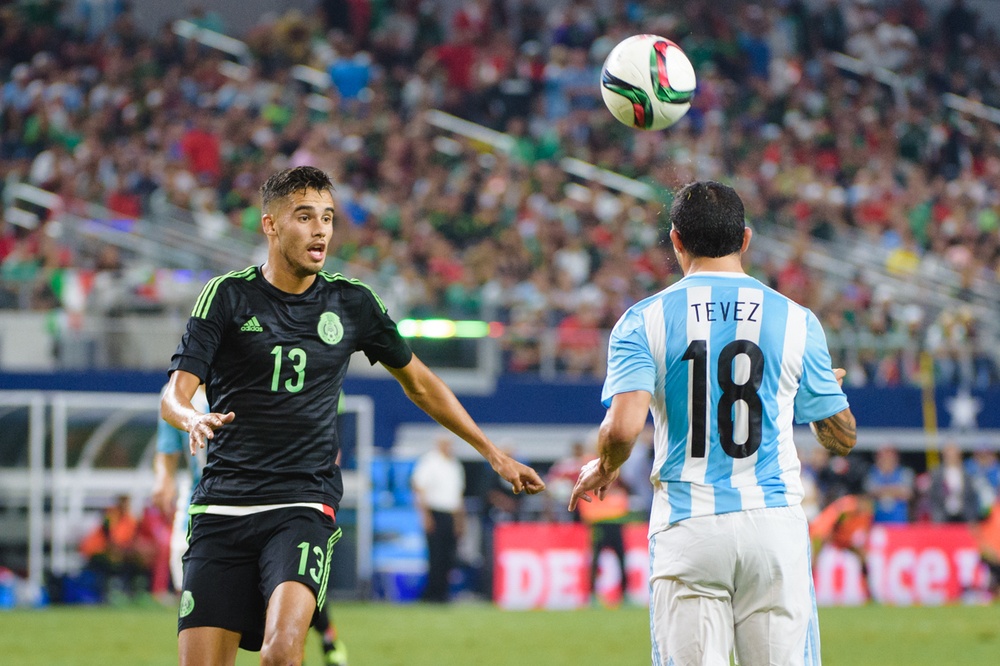 Mexico-vs-Argentina-CarlosBarron-80.jpg