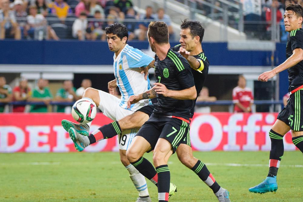 Mexico-vs-Argentina-CarlosBarron-81.jpg