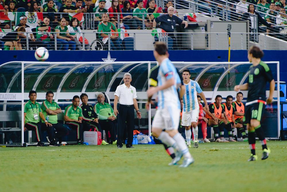 Mexico-vs-Argentina-CarlosBarron-89.jpg
