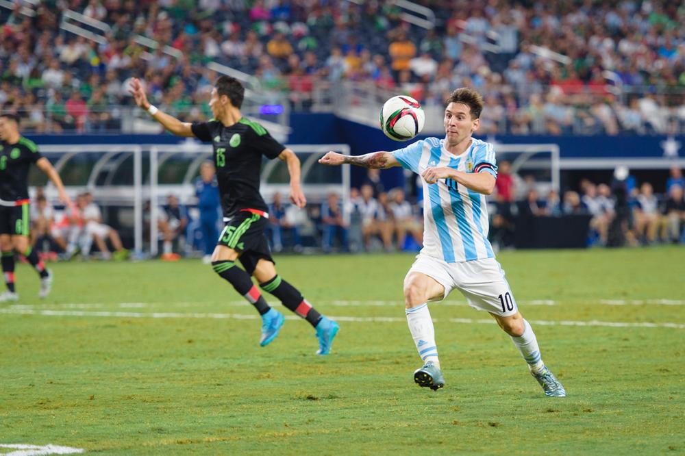 Mexico-vs-Argentina-CarlosBarron-104.jpg