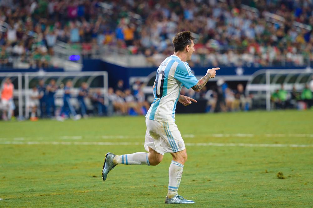Mexico-vs-Argentina-CarlosBarron-108.jpg