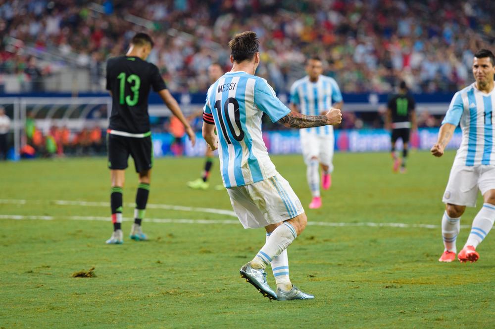 Mexico-vs-Argentina-CarlosBarron-109.jpg