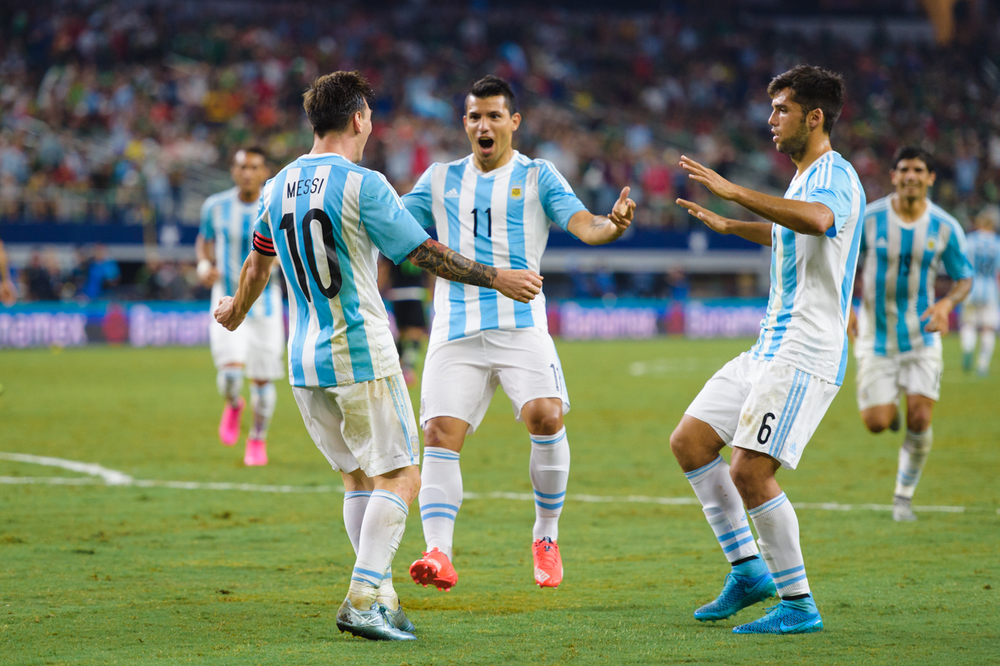 Mexico-vs-Argentina-CarlosBarron-110.jpg
