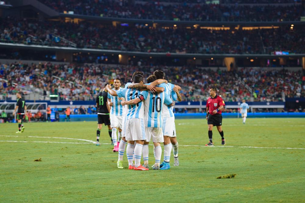 Mexico-vs-Argentina-CarlosBarron-112.jpg