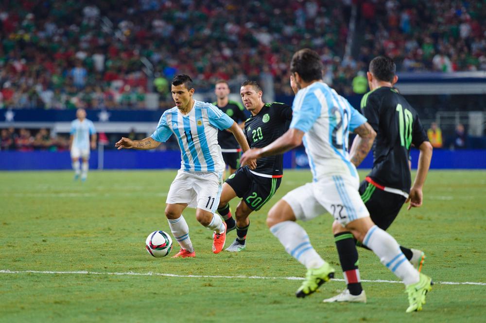 Mexico-vs-Argentina-CarlosBarron-117.jpg