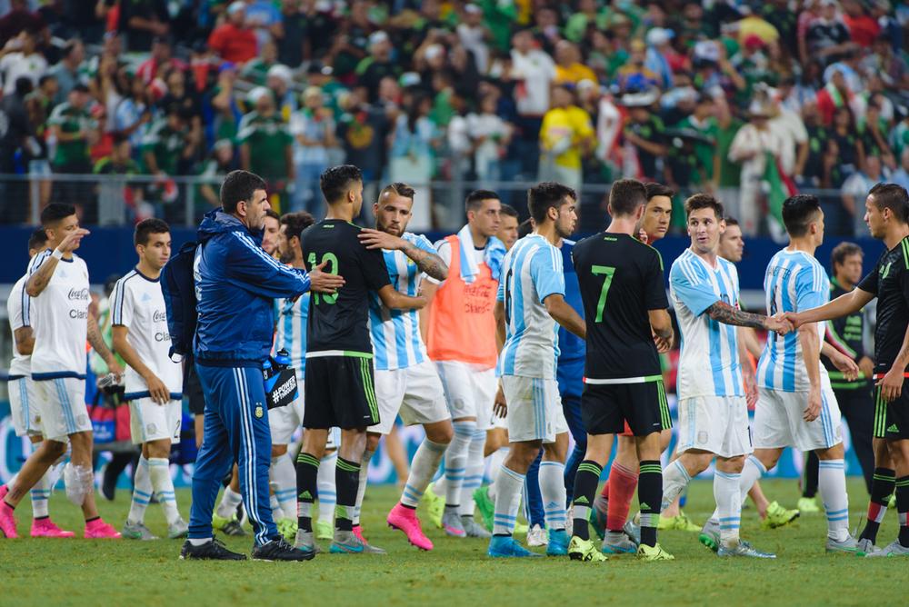 Mexico-vs-Argentina-CarlosBarron-120.jpg