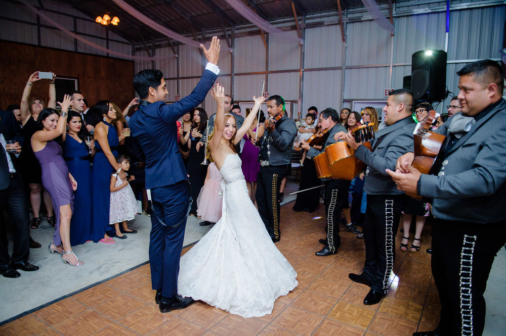 161001-Melina-&-Jose-Wedding-1113-blog.jpg