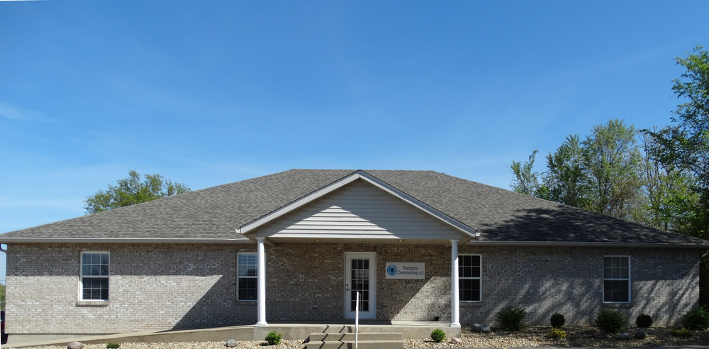 Radzom Counseling Exterior of 24 B Professional Park Drive in Maryville IL 62062