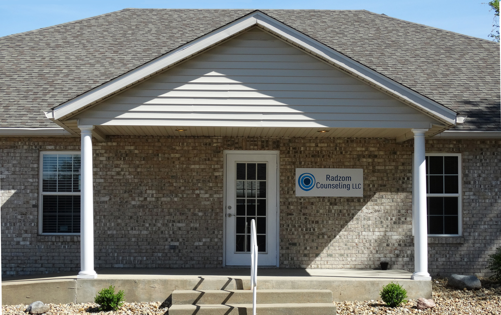 Radzom Counseling Maryville 62062 IL Exterior Building 1