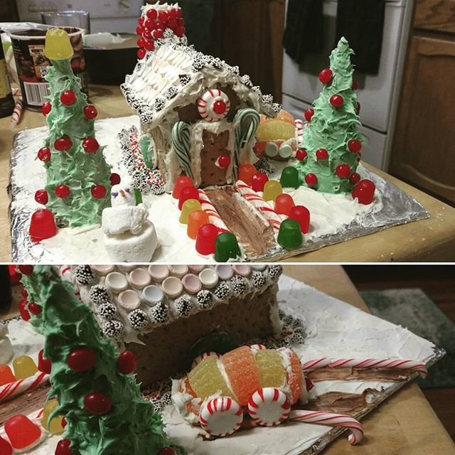 My gingerbread home. 🏡 🎅 ❄ ☃ ⛄🚗