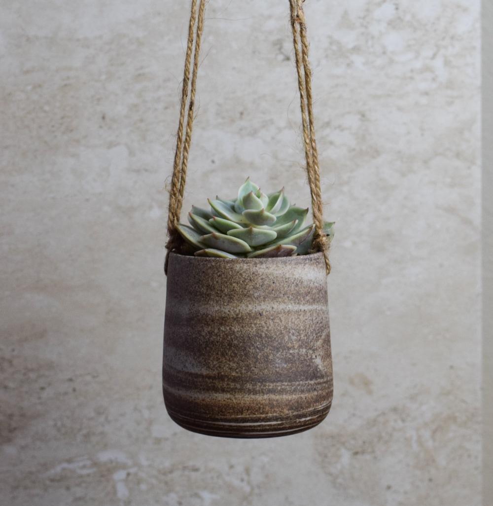 Jolana Pineda Ceramics
