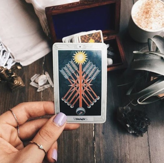 SIGN UP FOR A TAROT READING - CHOSE YOUR TIME + GUARANTEE YOUR SPOT