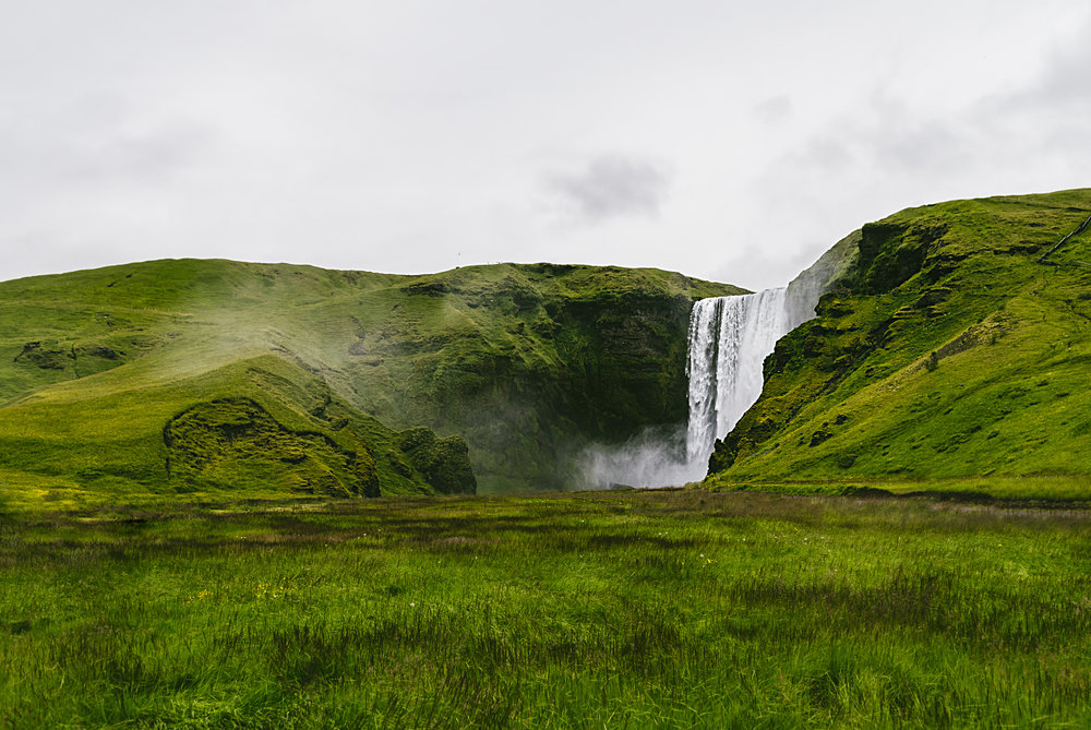 skogofoss_waterfall.jpg