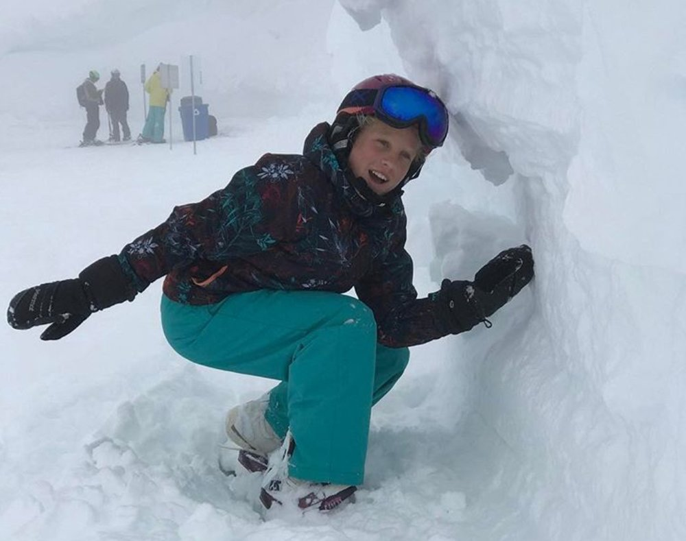 Sanoa_Snowboarding tubes