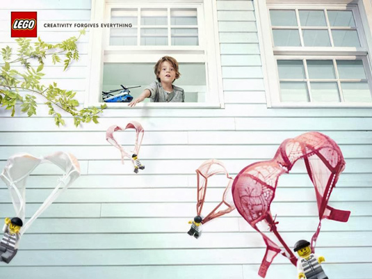 "Source: LEGO® - ""Parachutes"" - Grey Paris Magazine Ad Campaign: ""Creativity Forgives Everything"" Agency: Grey Paris, France www.legocreativite.fr"