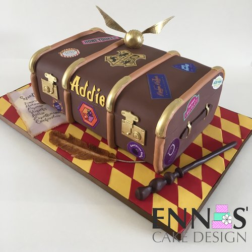 Harry Potter Trunk Cake Video Tutorial Ennas Cake Design