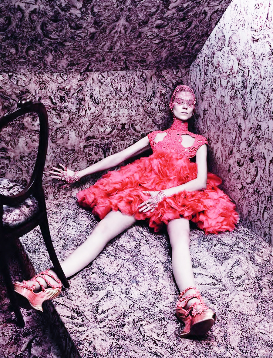 """Le Choix de Sarah"" with Kati Nescher + Marian Newman + Guido Palau + Diane Kendal + Joe McKenna + David Sims + Vogue Paris Frocks = Sarah Burton for Alexander McQueen"