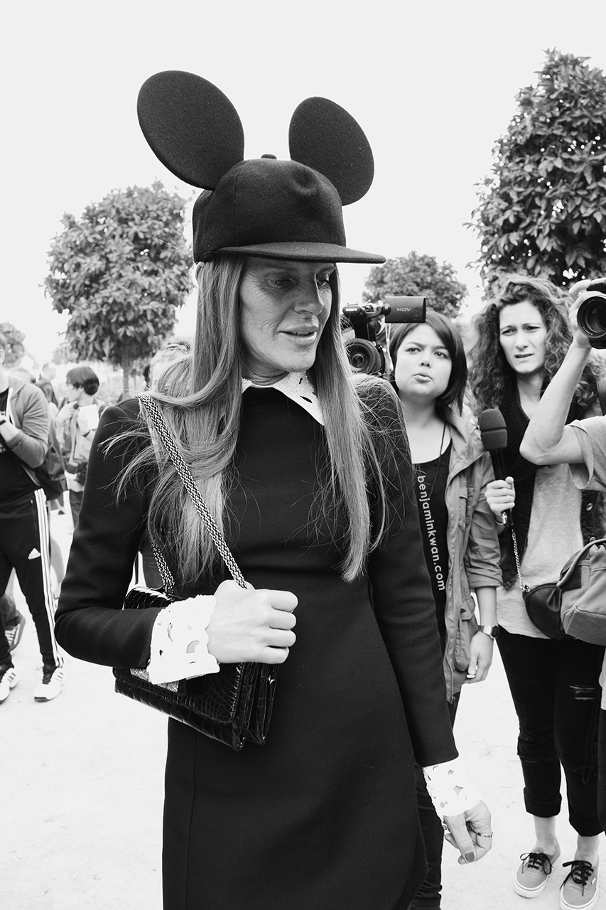 Anna Dello Russo at Viktor & Rolf SS 2014 Paris Snapped by Benjamin Kwan